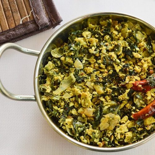 MurungaiKeerai Muttai Poriyal / Egg Drumstick Leaves Stir Fry