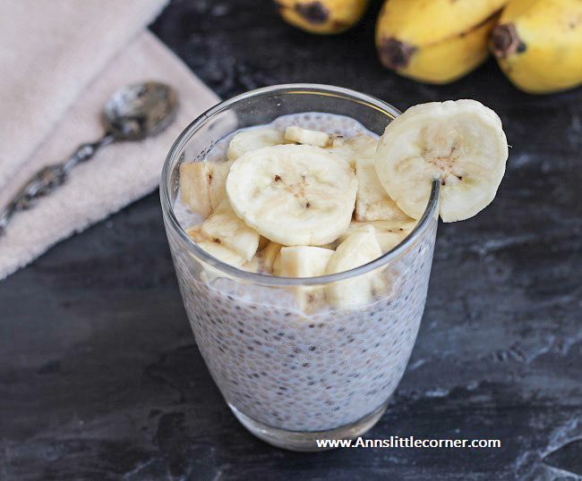 Banana Chia Seed Pudding 1