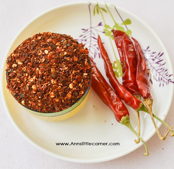 Homemade Crushed Red Chilli Flakes