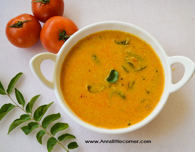 Thakkali Kuzhambu / Tomato Gravy