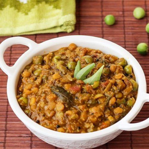 Sundakkai Kootu / Turkey berry Kootu / Pea Aubergene Curry