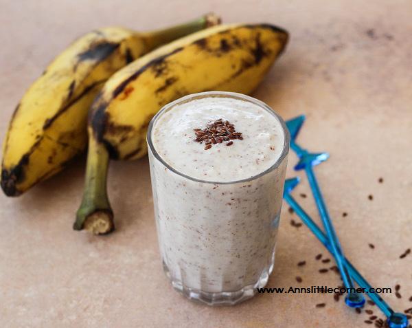 Banana Flax Seed Milkshake