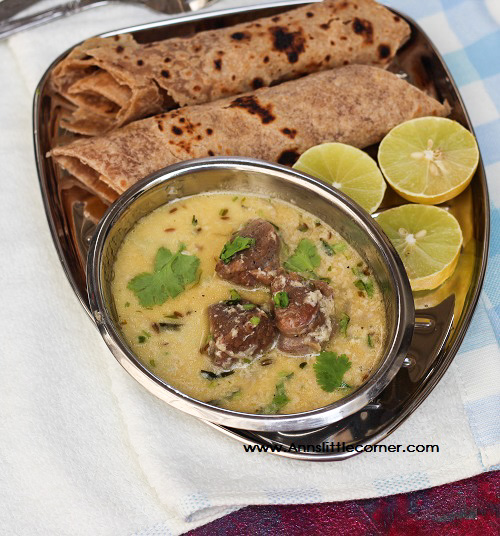 Curd Mutton Curry / Dahi Mutton Curry